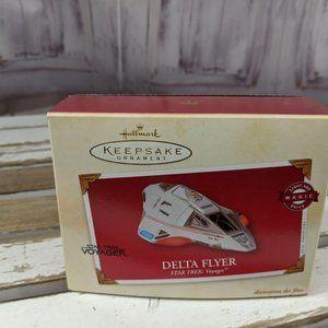HALLMARK KEEPSAKE STAR TREK 2002 DELTA FLYER VOYAG
